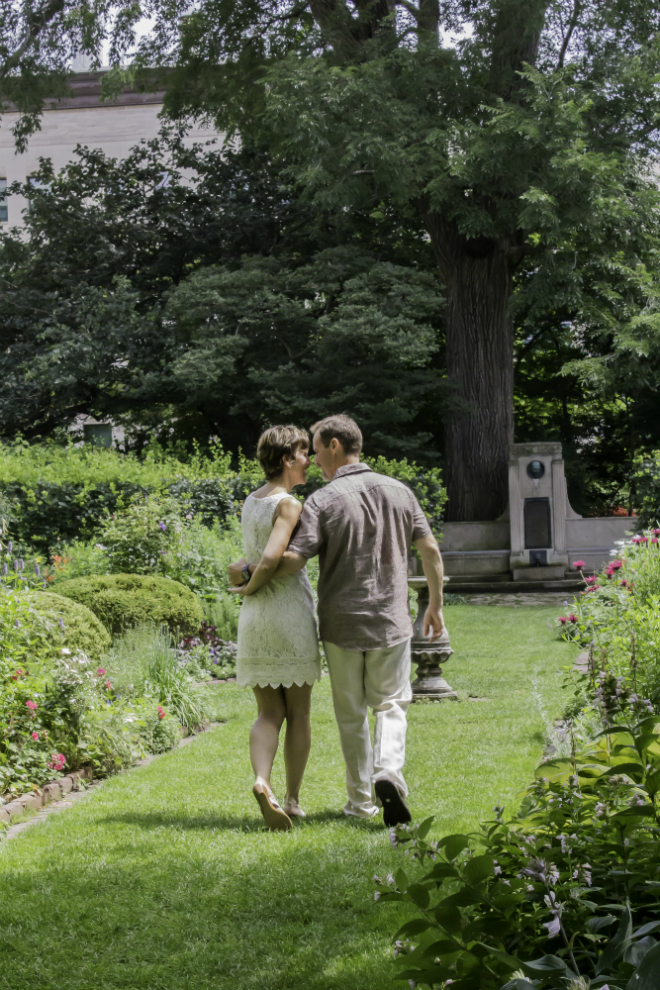 Harold and Carol Crapp took their wedding photos in Shakespeare Garden. Image by Julie Brichta.