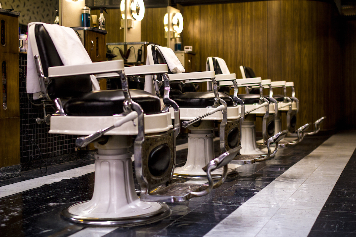 Old barber shop chairs - Noyes Street Barbershop Keeps The Old School Vibe Alive With Its Classic Chairs